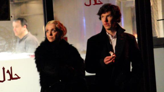 Amanda Abbington and Benedict Cumberbatch.  Image from @ryanfarrr